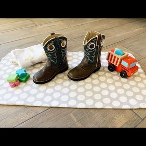 Roper Cowboy boots with side zipper